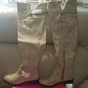 Thigh high flat boots by Shoedazzle